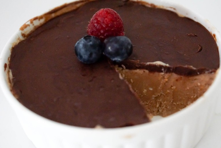 Easy No Bake Chocolate Peanut Butter Cream Pie